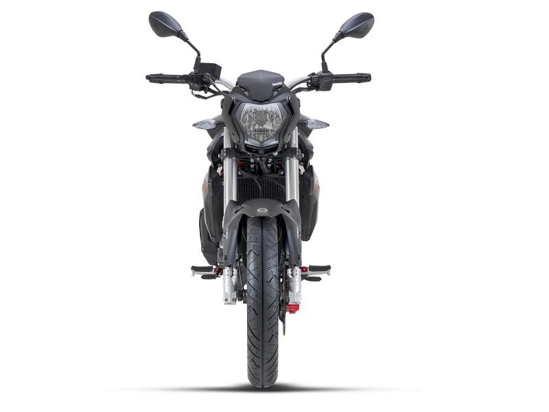 Új Benelli BN 125 E5 naked bike eladó - 950 000 Ft