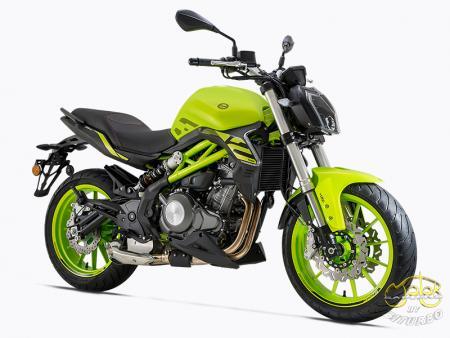 Benelli 302S zöld sportmotor 12