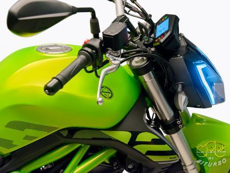 Benelli 302S zöld sportmotor 2