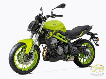 Benelli 302S zöld sportmotor 9