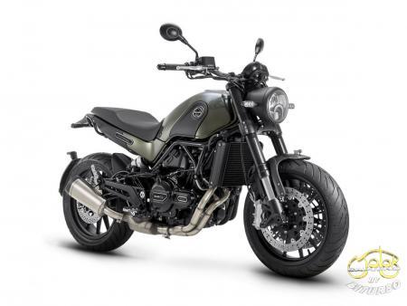 Benelli Leoncino 500 motor jobb eleje