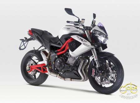 Benelli TNT 1130 R sportmotor 1