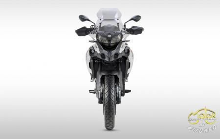 Benelli TRK 502x motor
