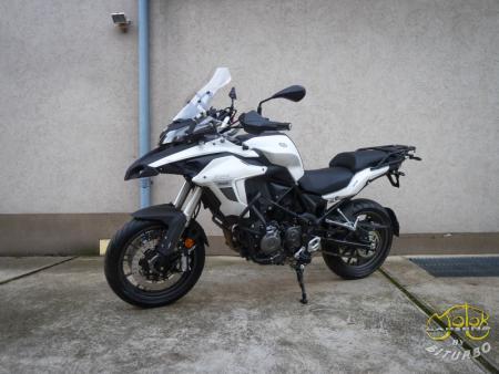 Benelli Trk 502 fehér 4