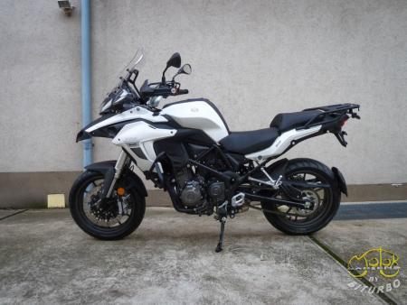 Benelli Trk 502 fehér 5