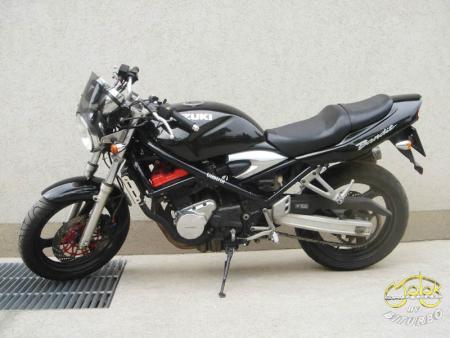 Suzuki Bandit 250 túramotor 104766 2