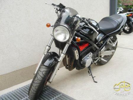 Suzuki Bandit 250 túramotor 104766 3