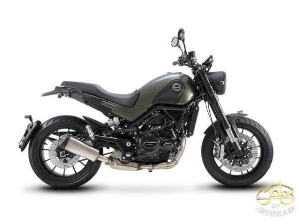 Benelli Leoncino 500 motor jobb oldal