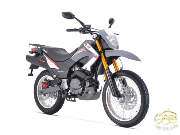 Keeway TX 125 EFI supermoto 9