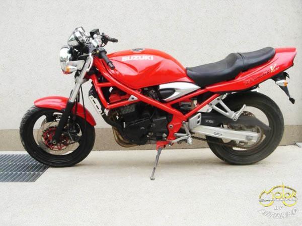 Suzuki GFS 400 Bandit II túramotor 100833 1