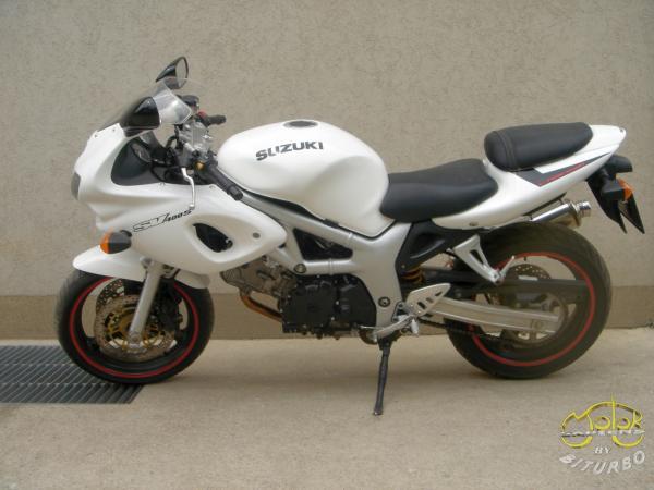 Suzuki SV 400 sportmotor 1